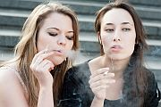 Raise Legal Smoking Age to 21, U.S. Expert Panel Says