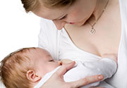 Sharing Breast Milk May Pose Risks Women Haven't Considered